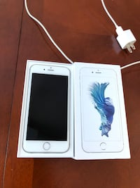 Unlocked iPhone 6S excellent condition 16gb with charger and box Sainte-Anne-de-Bellevue, H9X 4A6