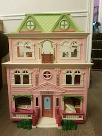 Fisher price fancy doll house Toronto, M1E 3B8