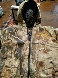 Team whitetail camo jacket  Hagerstown, 21740