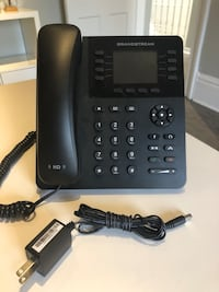 Grandstream GXP2135 IP desk phone