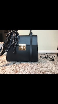 Brand new Italian leather handbag  Toronto, M2R