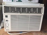 White Danby window type AC unit Niagara Falls, L2E 1P3