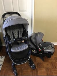 Graco travel system stroller and car seat with base  Vaughan, L4L