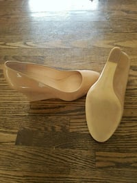 Sz 9.5 Banana Republic Nude Wedges Welland, L3C 4W7