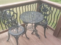 round black metal table with two chairs Lebanon, 45036