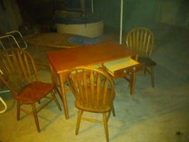Table n 3 chairs