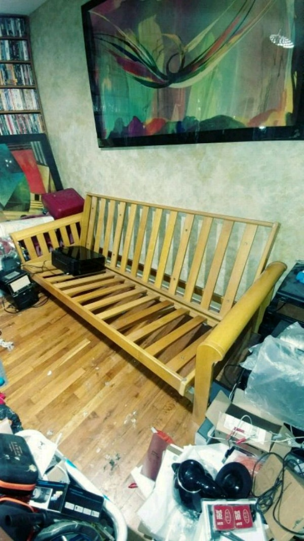 Almost Brand New Solid Wood Futon Frame Plan