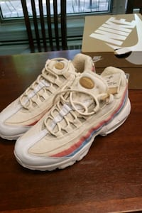 Nike Air Max 95 (NEW WMNS SIZE 7.5) Chevy Chase