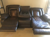Recliner/ couch  Baltimore, 21220
