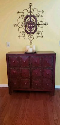 Entryway accent chest Tampa