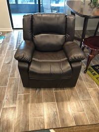 Like new swivel, rocking recliner. Pet free, smoke free. Had only 6 months. Purchased all new living room suit, needs to go   Palmetto, 34221
