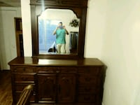 Dresser with mirror Bradenton