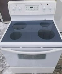 Frigidaire Electric Stove, 12 month warranty