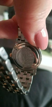 round silver-colored watch with link bracelet Montréal, H4N 1G4