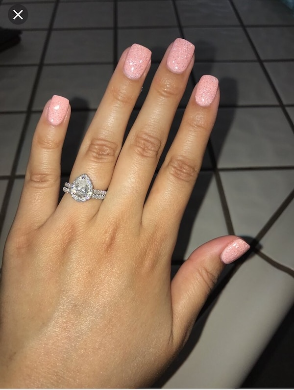 Used Dip powder nails for sale in Chicago - letgo