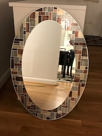 round white and black wooden framed mirror Columbia, 21046