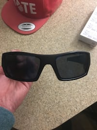black framed Ray-Ban wayfarer sunglasses Linthicum Heights, 21090