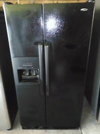 All black Amana Refrigerator New Orleans, 70117