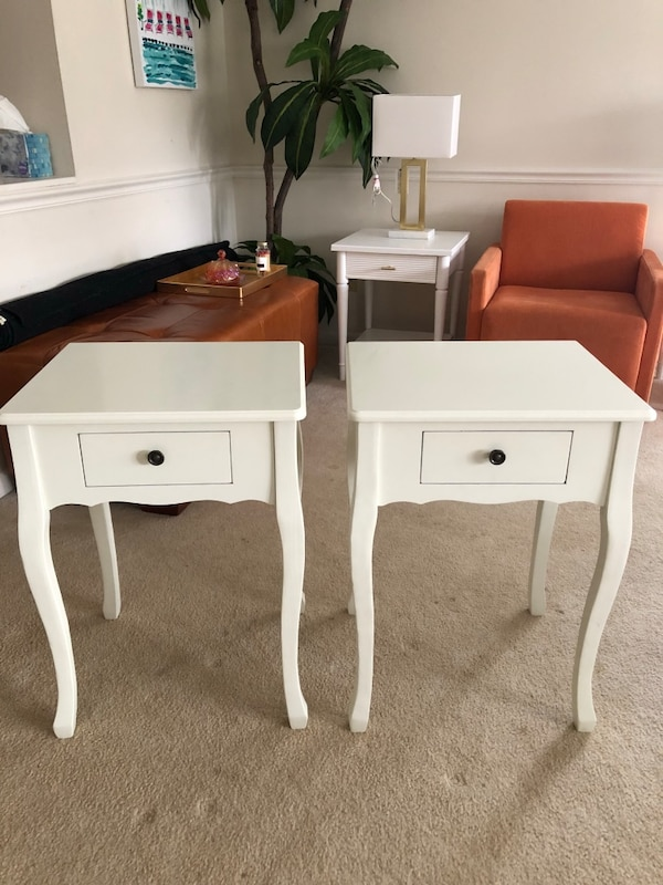 used pair of white side tables nightstands for sale in raleigh letgo. Black Bedroom Furniture Sets. Home Design Ideas
