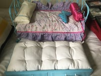 American Girl curlicue daybed/ trundle doll bed Barrie, L4N 8C7