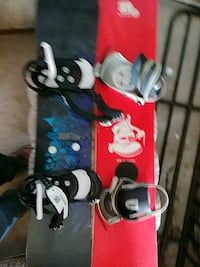 black and red snowboards 609 km