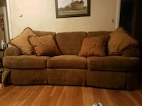 brown fabric 3-seat sofa Fitchburg, 01420