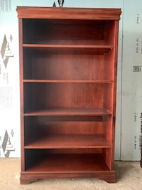Solid wood beautiful maple bookshelf / bookcase Toronto, M1K