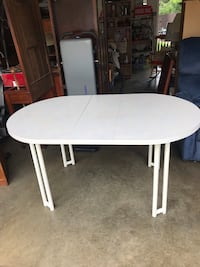 White vintage kitchen table with leaf