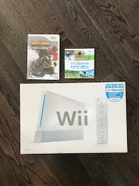 Wii game console + 2 games Toronto, M5A