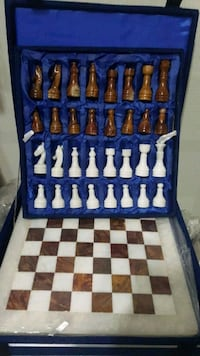 NEW MARBLE CHESS SET