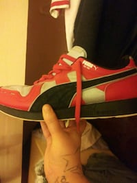 Puma shoes size 10 in half Edgewood, 21040