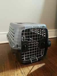 Pet Crate Carrier Chicago, 60660