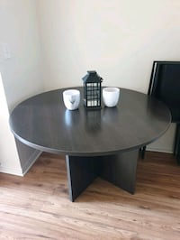 Table For Sale Toronto, M9R 2H1