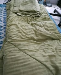 Green bedsheet pillow cover and blanket Toronto, M1H 3J7