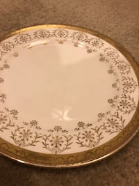 8 hand painted 22k Gold King Quality Plates Baltimore, 21222