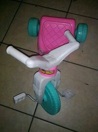 baby's white and pink trike Fresno, 93701