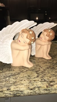 Two angels ceramic figurines