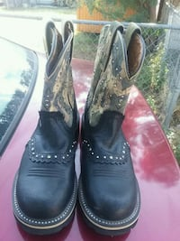 pair of black leather cowboy boots Midland, 79701