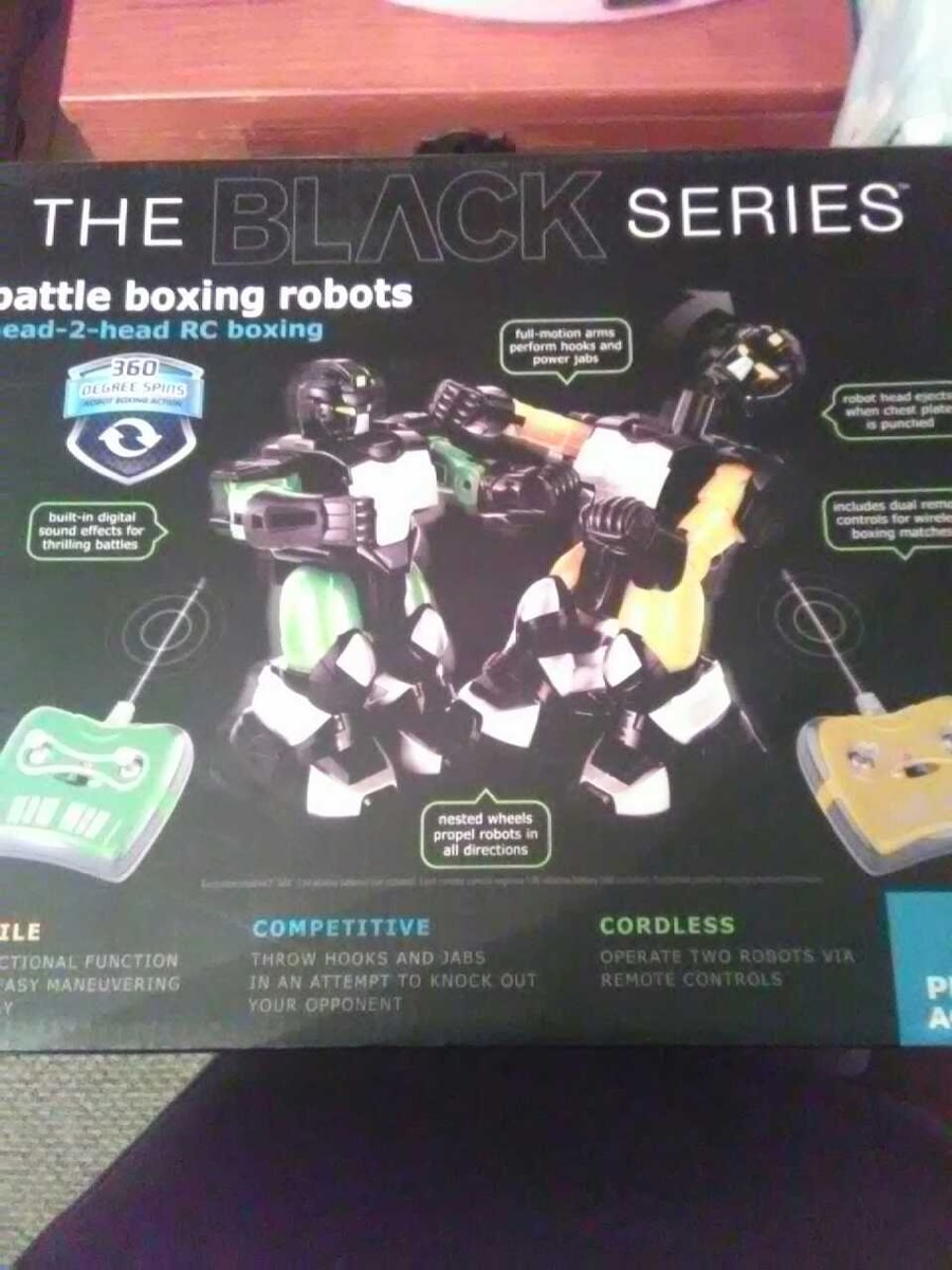 Brand new remote controlled battle boxing robots - NY