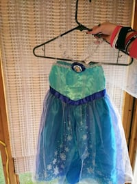 green and blue dress with bow accent Morristown, 37813