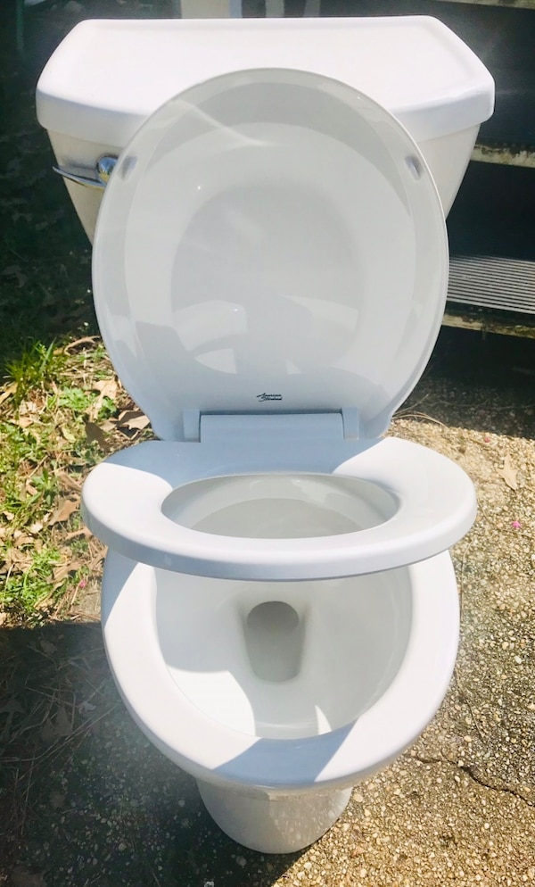 Like New - American Standard Toilet