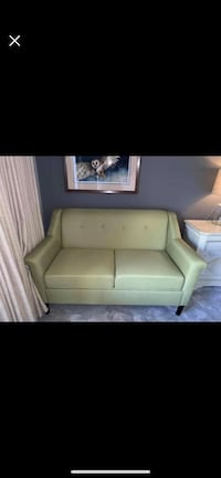 Green Loveseat Sioux Falls, 57105