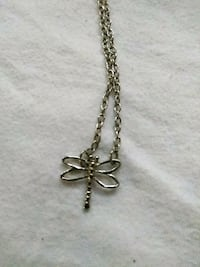 silver-colored dragonfly pendant necklace Lancaster, 93534