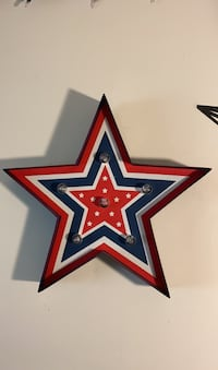 Light up vintage faux metal marquee star sign Bristow, 20136