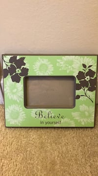 Green floral picture frame Alexandria, 22312