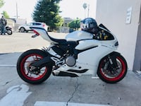 2016 Ducati 959 Panigale. In excellent condition. Only 15k miles. Fully registered until next year June. San Leandro, 94578