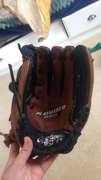 Brown and black playmaker series leather baseball mitt Springfield, 22152