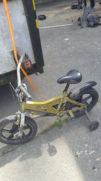 toddler's yellow and black bike with training wheels Surrey, V3V