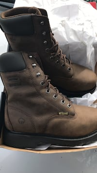 Pair of brown work boots size 8 Amarillo, 79104