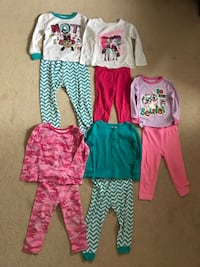 24M girls pajamas in good condition (pick up only) Alexandria, 22310